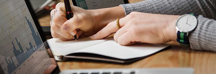 En låneförmedlare kan hjälpa dig hitta lägsta räntan och bästa lånevillkoren